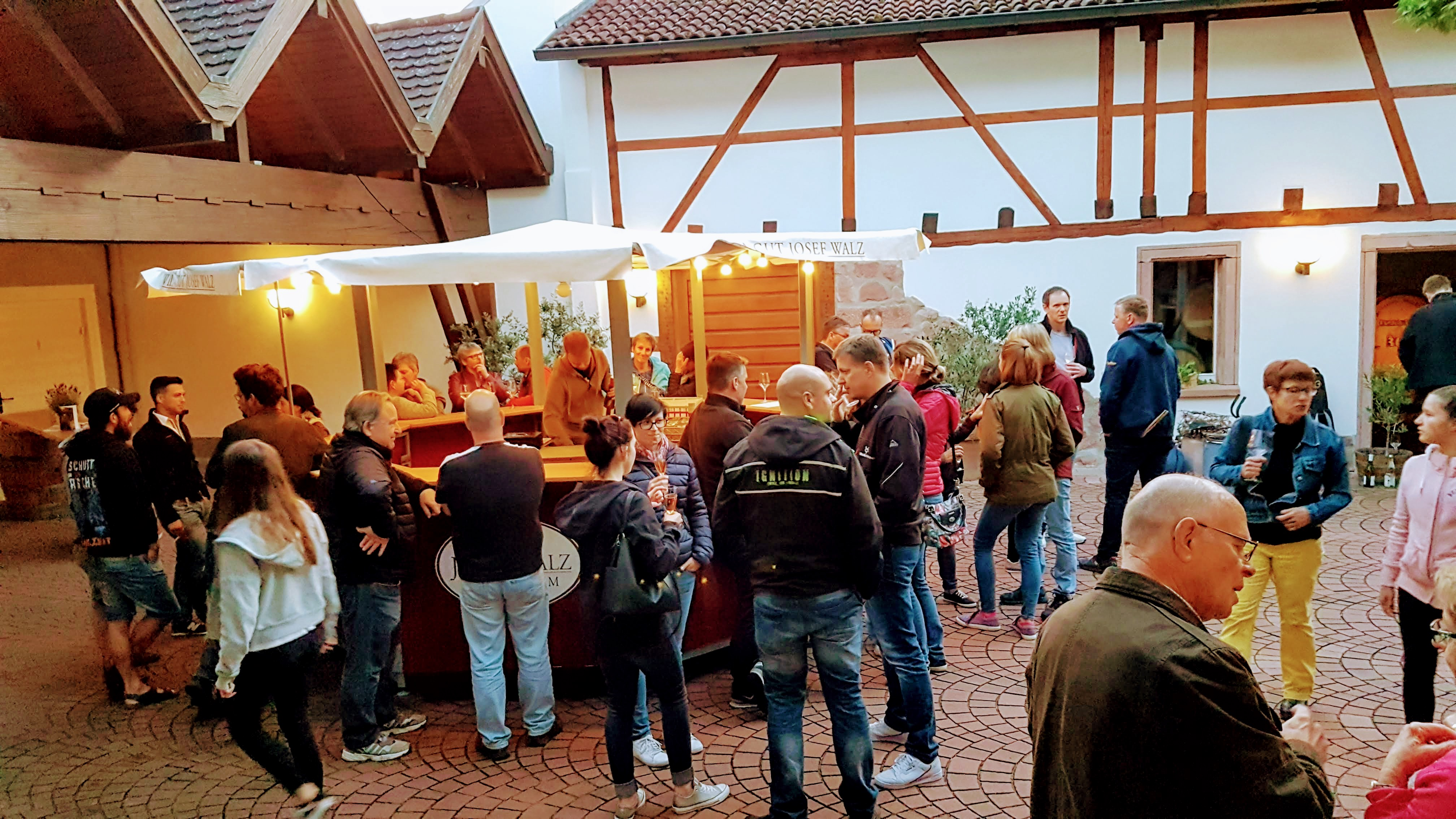 Foto SommerWeinBrunnen Weingut Walz Heitersheim
